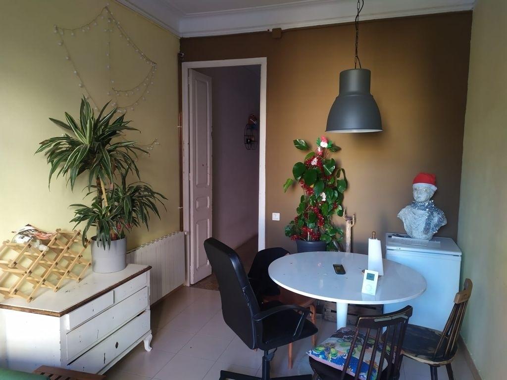 Habitación piso en Carrer Rocafort