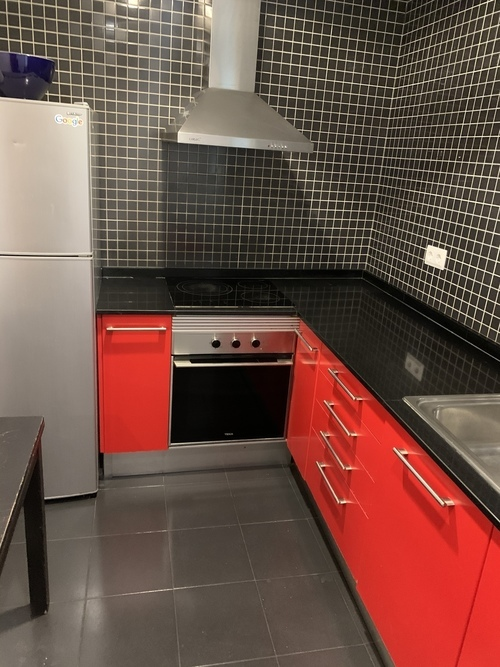 4-room flat with balcony in El Raval